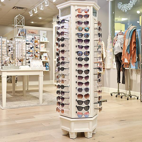 Francesca's Store Design - Custom Retail Casegoods