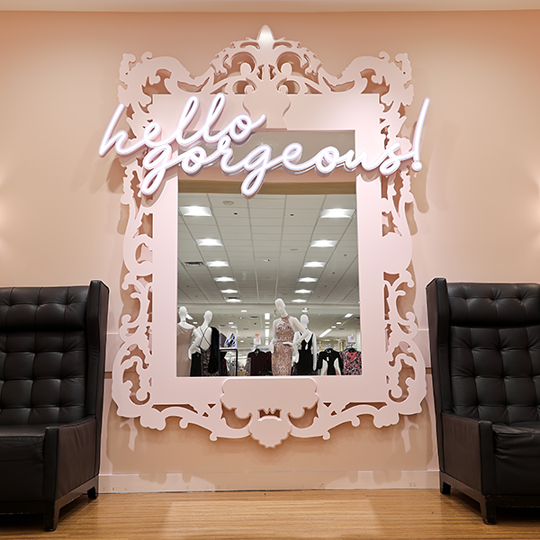 Macy's Store Design - Custom Mirror