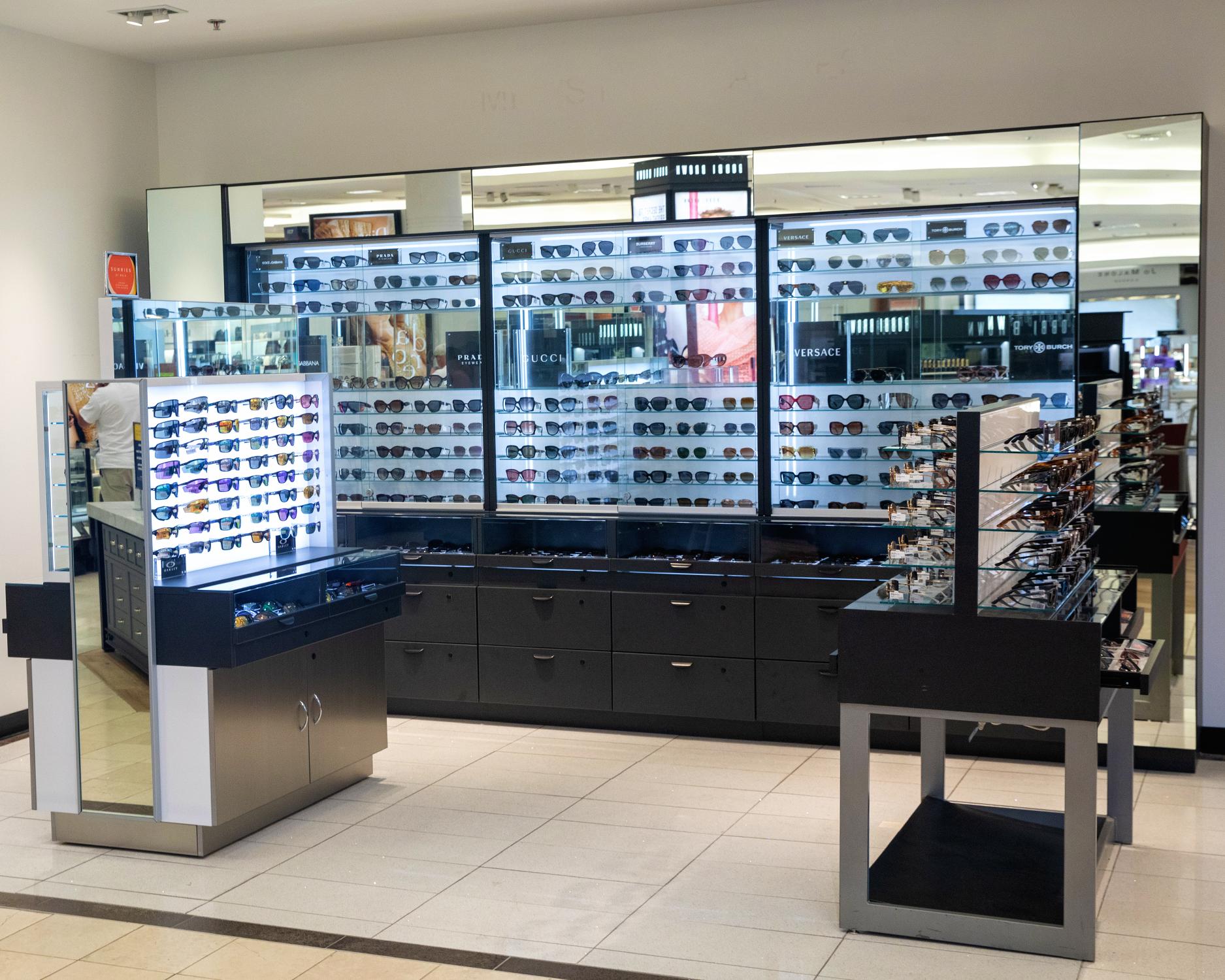 Belk Store Design - Custom Retail Furniture